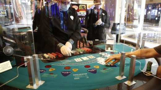 How to Play Sic Bo at an Online Gambling Agent